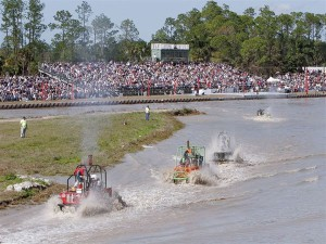 129_0706_12_z+winter_classic_swamp_buggy_races+crowd