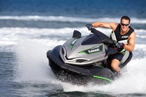 2015 Kawasaki_Jet Ski_Ultra 310X_action_2.high