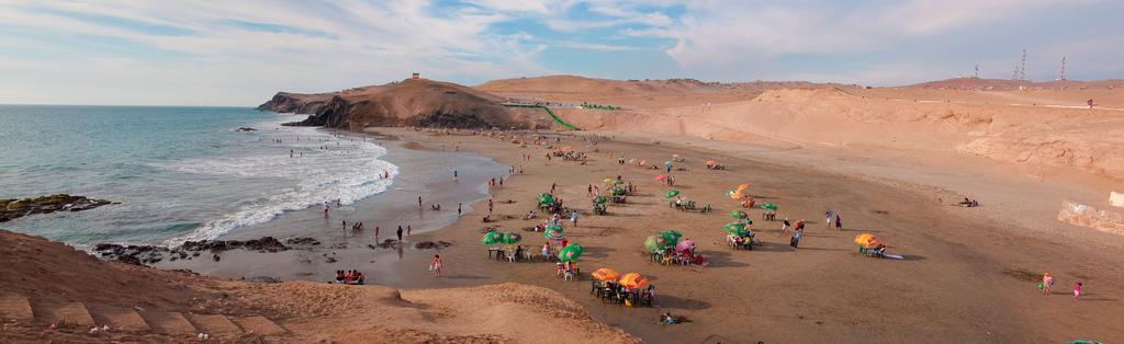 Huacho beach