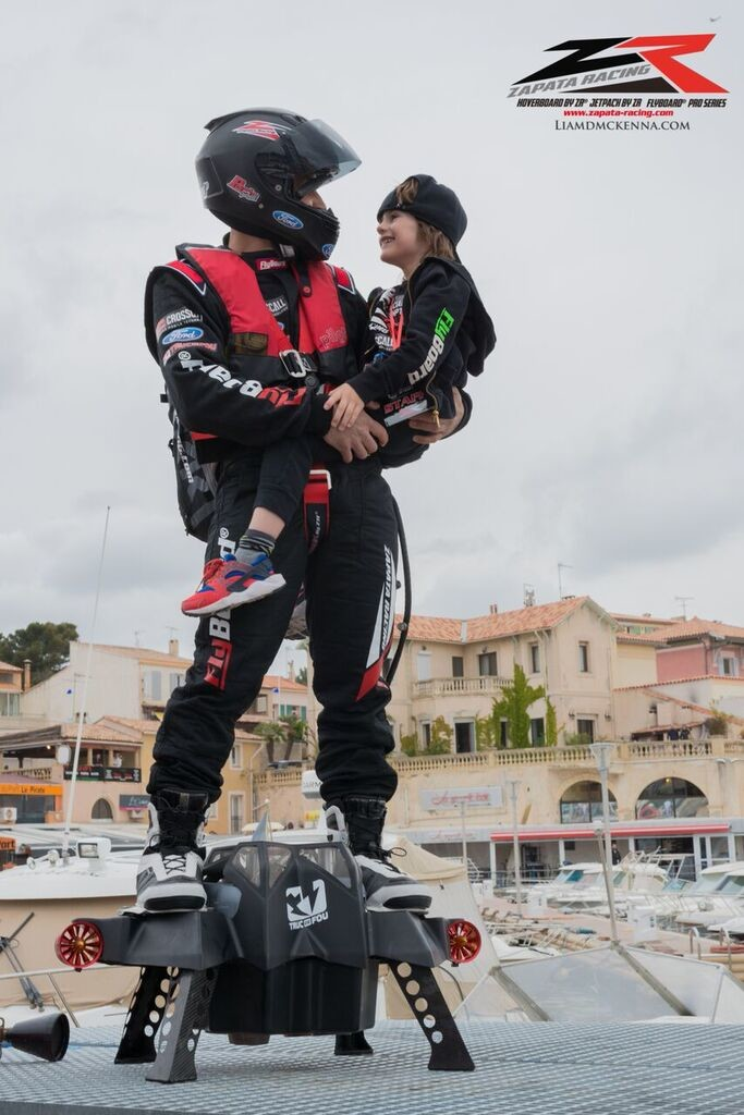 Water Hoverboard For Sale >> ZAPATA RACING sets new Farthest hoverboard flight record ...