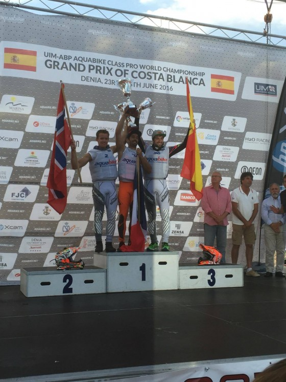 2nd place in the GP of Spain on a Borrowed Ski! – Press release